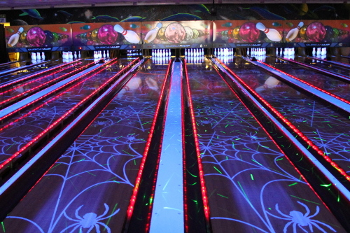 Tenpin Cosmic Lights